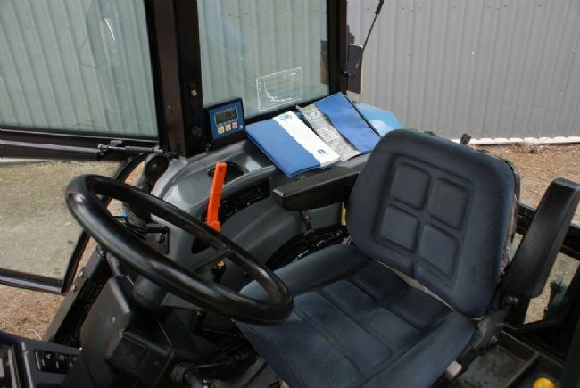 C Cc B C Fd C B additionally Dsc also Turbo additionally Nh Fiat as well Htb Usulofxxxxaxxvxxq Xxfxxxt. on new holland 75hp 4x4 tractors